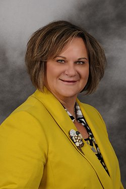 Headshot of Lynette Drake, President and Chair of the Board of Directors at Gemini Group, Inc.