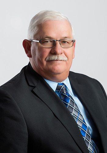 Headshot of Dennis Engelhart, Plant Manager of Thumb Plastics and Regency Plastics.